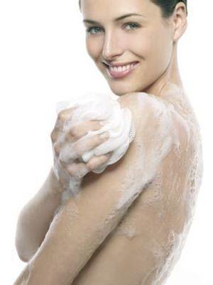 Ihre Haut wird glatt, geschmeidig und samtweich.